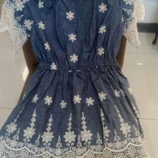 🚚 全新超級漂亮挖肩蕾絲花樣上衣裙