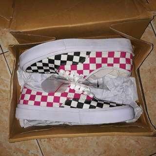 Sepatu By Thanksinsomnia