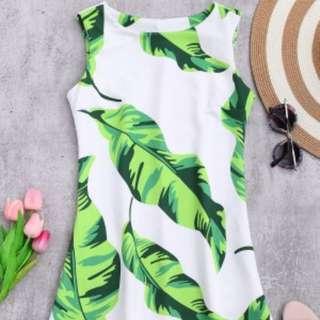 Leaf patterned dress