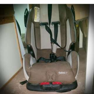 Safety 1st Deluxe Car Seat
