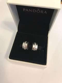 Pandora 閃石固定扣