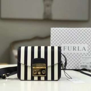 Furla Metropolis Mini Crossbody (Onyx/Petalo) Handbags