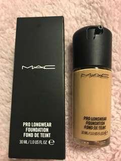 Mac makeup pro longwear Foundation