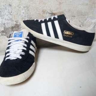 Adidas gazelle black&white