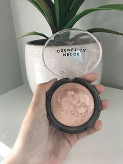 MECCA Highlighter