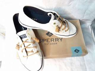 Pre Loved Sperry Seacost Ivory