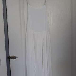 [二手僅穿過一次] 白色 細肩帶百摺洋裝
