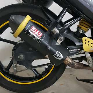 FZ16 Yoshimura Tri Oval R&G exhaust protector