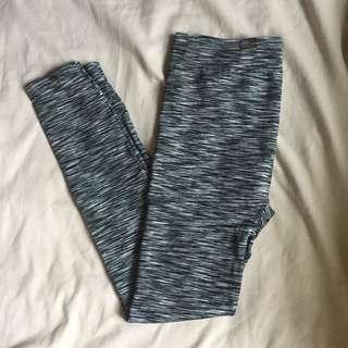 Workout pants/ leggings