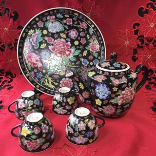 Black Ground Mille Fleur Porcelain Tea Set黑万花