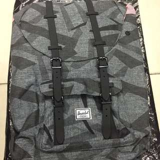 Sale!!! Authentic Herschel Little America 23.5L Backpack