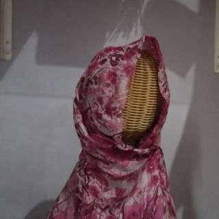 Hijab pasmina jingga