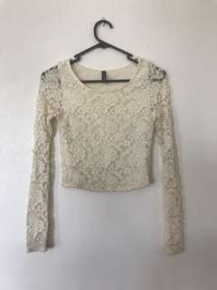 Cream/white lace long sleeved crop top