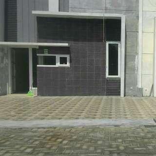 Disewakan 1 unit rumah di jl. Pendidikan komplek Khalipah Residence No.C04 pasar XI Tembung.