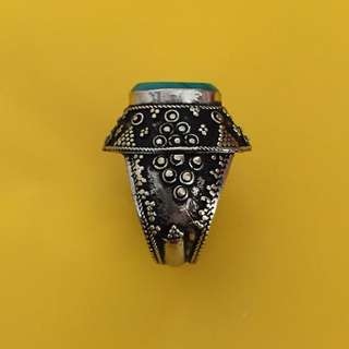 👉 Vintage ring