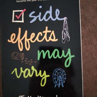 Book : Side Effects May Vary by Julie Murphy