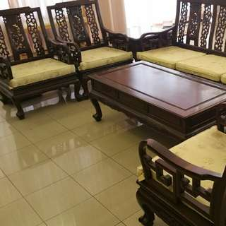 8 pcs Rosewood furniture set, with Shanghai manufacturer certificate. Dragon design. Excellent rosewood.