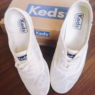 Keds ~簍空款 小白鞋