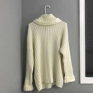 Off white Oversized Ribbed Turtle Neck Sweater