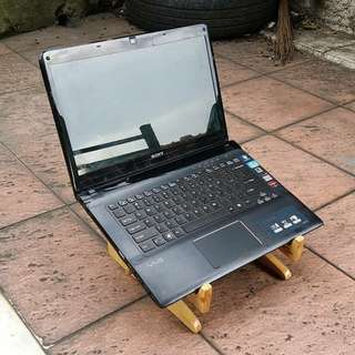 Sony vaio core i7 dual vga AMD HDD 750gb keyboar bisa nyala