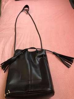 Tassel Ealing bag