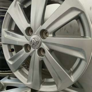 Used rim Toyota vios original,99%new.