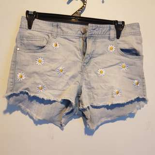 Daisy Denim shorts