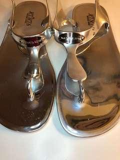 Michael Kors Silver Jelly Sandals -8M