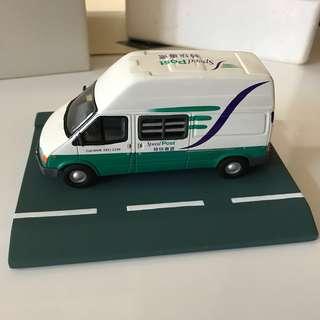 全新100% 限量版香港郵政車模型 ﹣白色特快專遞郵車
