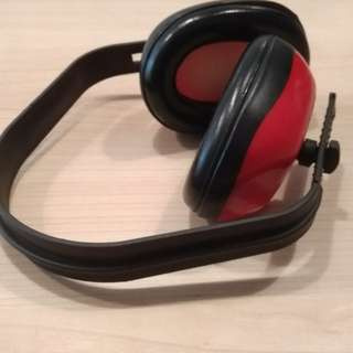 Earphone bekas Martin Garrix