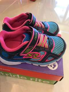 Stride Rite Lights up Shoes