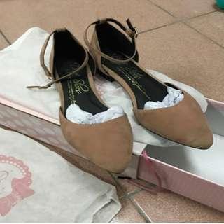 D+AF 尖頭繫踝裸色平地鞋