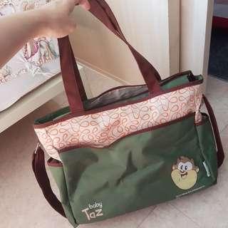 Diaper / baby bag