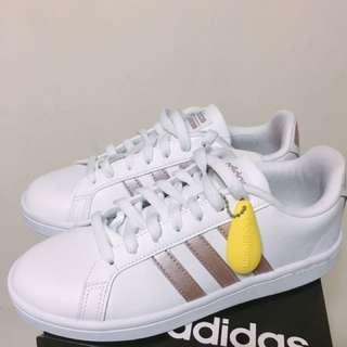 🚚 Adidas乾燥花色系 玫瑰金DA9524