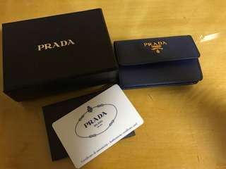 Prada card holder 95%new