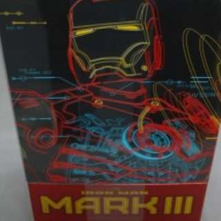 Iron man mark 3 DIECAST by hot toys