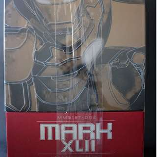 Iron man mark 42 DIECAST by hot toys