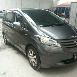 Honda Freed SD AT 2009