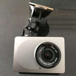 Xiaoyi in car dvr camera