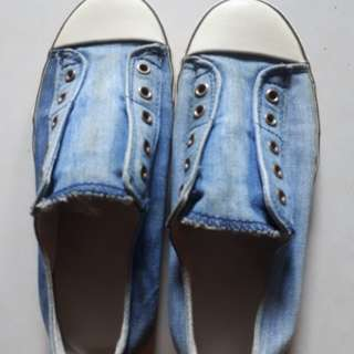 Old Navy denum shoes