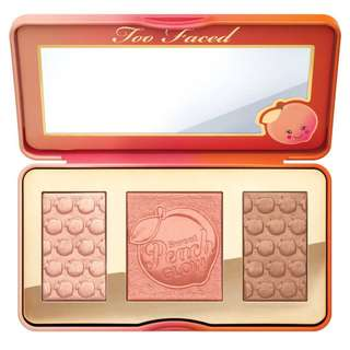 Too Faced Sweet Peach Glow Highlighter