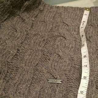 Lolë cable knit infinity scarf
