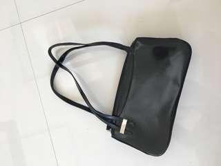 Gucci Shoulder Bag (Class A)