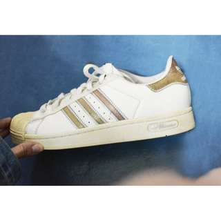 NAME YOUR PRICE | ✔ DETAILS!   Preloved Adidas Superstar 80's