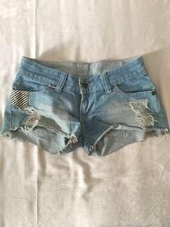 celana pendek ripped jeans high quality