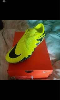 Nike hypervenom phantom ii