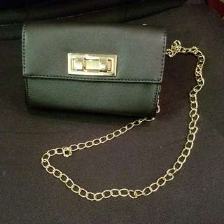 Nila Anthony - Ladies Handbag (Chain Strap)