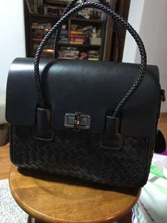Full leather handbag - just trying to clear