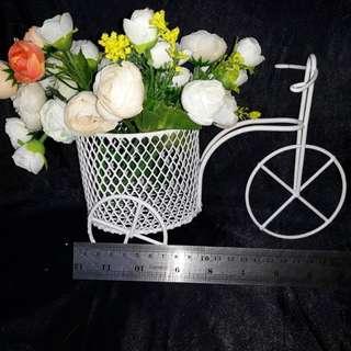 Keranjang bunga sepeda
