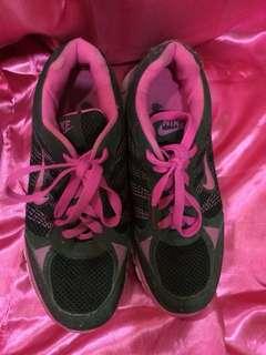 preloved Nike Shoes Imitation
